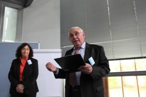 Heidemarie Hille, Director aerophelia ltd., with Lothar Wienböker, KKC-Förderverein, Director Dachverbandes der Gesundheitsförderverbände